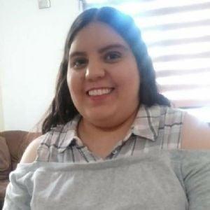 Alejandra HolguÍn
