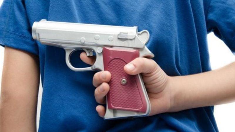 Terror en Ciudad Obregón: A plena luz del día, sujeto armado irrumpe en tienda y roba efectivo