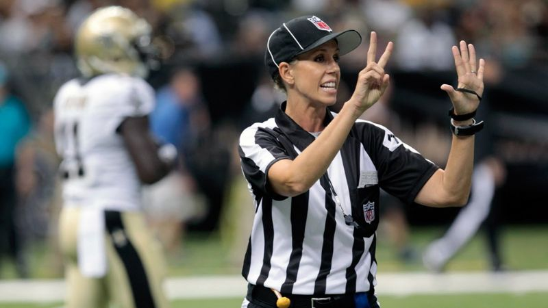 ¡Histórico! Sarah Thomas, la primer mujer en arbitrar una final de Super Bowl