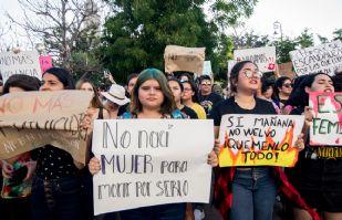 (FOTOS) Así fue la marcha en contra de la Violencia de Género en Hermosillo