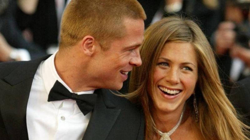 De ex a amigos y... ¿algo más? Aniston da 'Like' a Brad Pitt y redes enloquecen