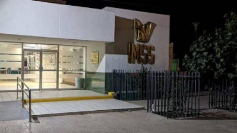Pacientes del Seguro Social en Coahuila denuncian a trabajadores ausentes