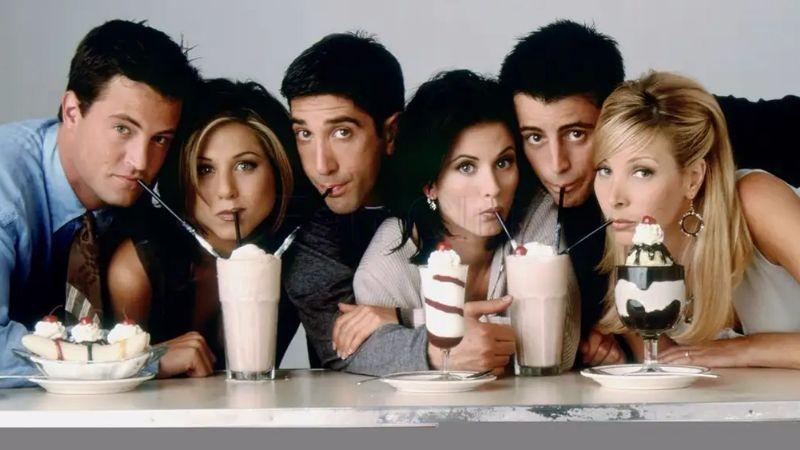 FOTO: 'Mónica', 'Rachel' y 'Phoebe' se reúnen para ¿el regreso de 'Friends'?