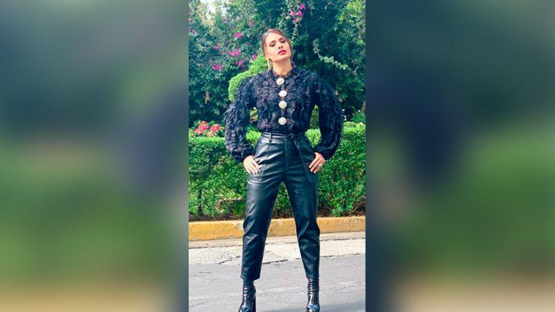Galilea Montijo deleita al mostrar sus torneadas piernas en coqueto vestido