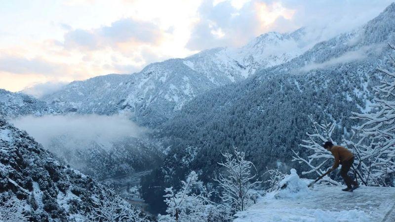 71 muertos, 29 heridos y desaparecidos por nieve y avalanchas en Cachemira