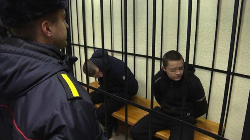Hermanos son condenados a muerte en Bielorrusia tras matar a una profesora