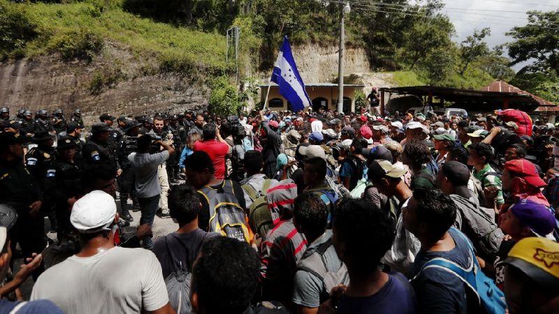 La primera caravana de migrantes del año sale de Honduras con rumbo a EU