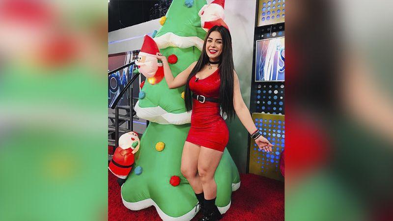 Annel Rodríguez deslumbra desde los foros de Multimedios en pegado vestido