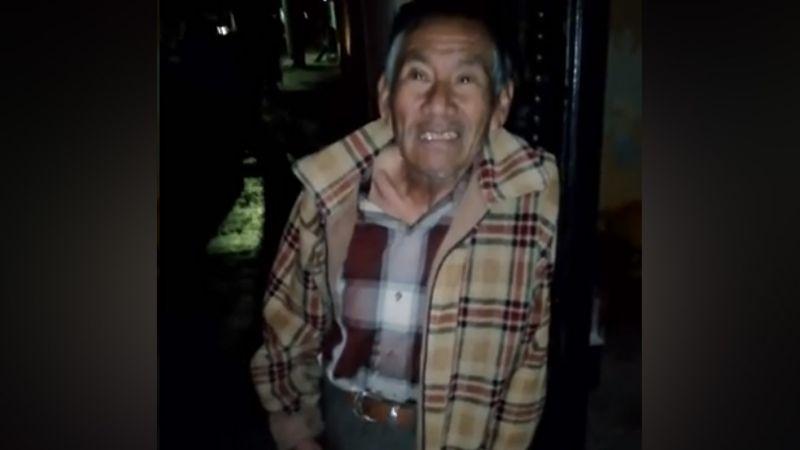 Don Abel recibe apoyo en su puesto de hot dogs tras viralizarse su historia