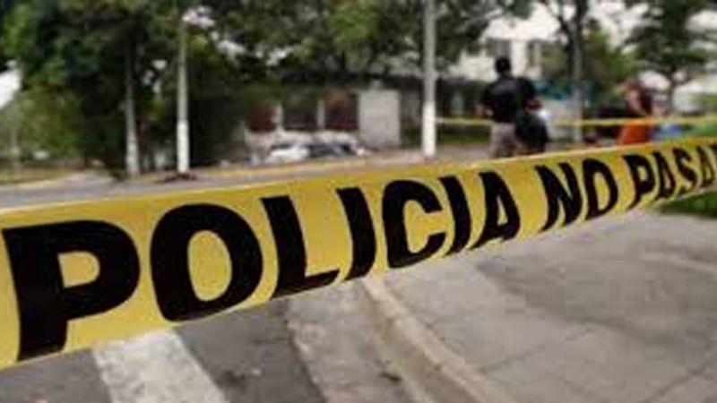 Gatilleros atacan a regidora de Huixcolotla, Puebla al salir de su casa