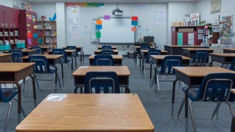 VIDEO: ¡Indignante! Joven golpea en el rostro a alumno con autismo