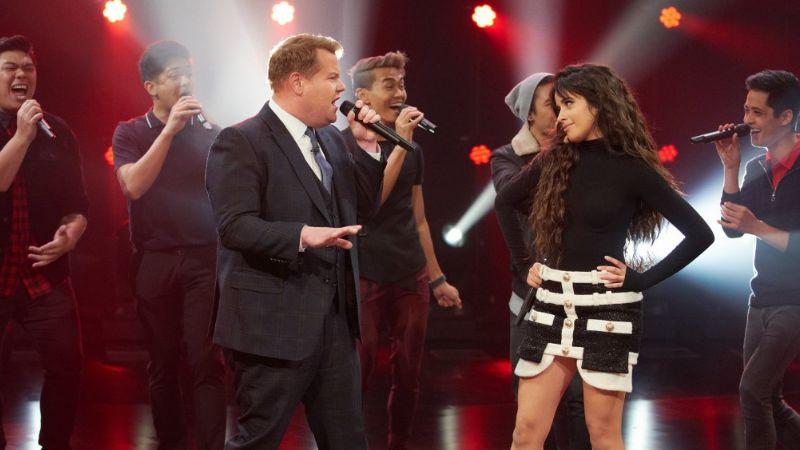 Camila Cabello reta a James Corden a duelo de canto en 'Late Late Show'