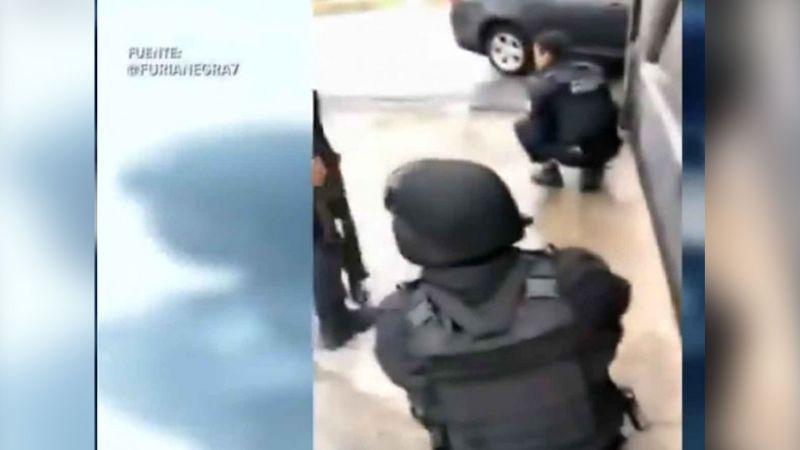 VIDEOS: Nuevo Laredo inicia año con balaceras, muerte y pánico en comercios