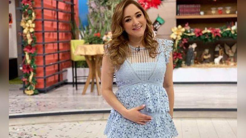 Sherlyn inicia el año al bailar y presumir su embarazo con espectacular vestido