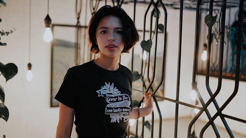 Ángela Aguilar, hija de Pepe Aguilar, presume piernas en corto vestido