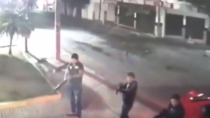 Intento de ataque en bar de Morelos se frustra; a uno se le atascó el arma