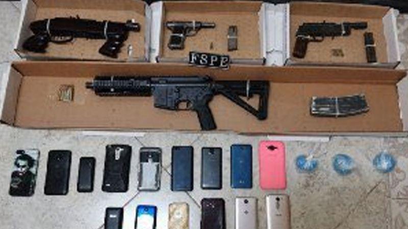 Detienen a 29 del CSRL con armas; hay jefes, 'halcones', sicarios y una mujer