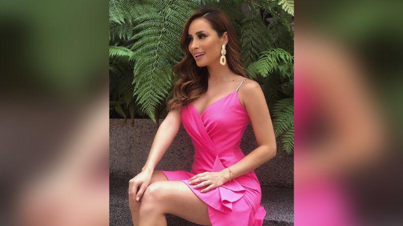 ¡Una Barbie! Cinturita y plano abdomen de Cynthia Rodríguez impactan a fans