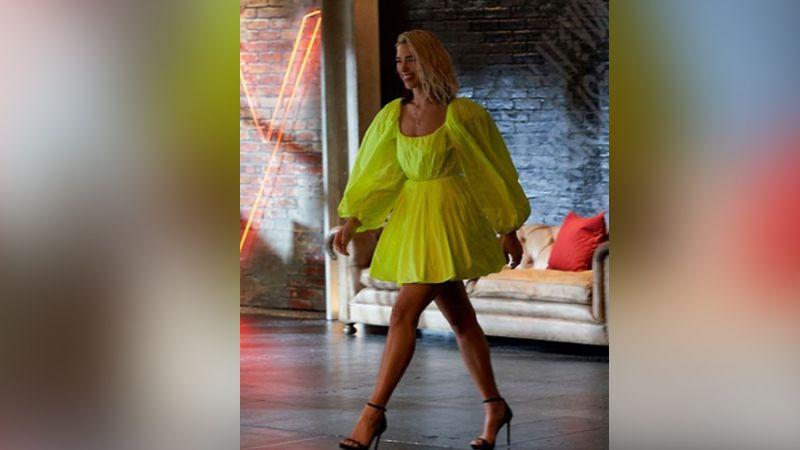 Dua Lipa enamora a fans con sensual traje de noche en atrevidas poses