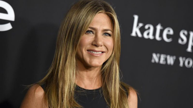 ¡Espectacular! Jennifer Aniston se luce con atrevido bikini en la Riviera Maya