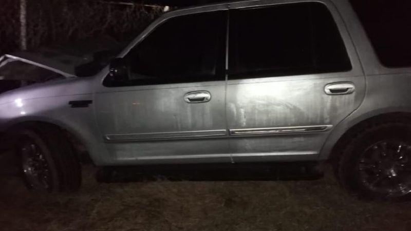 Fatídico accidente entre 2 vehículos y un caballo; el animal murió