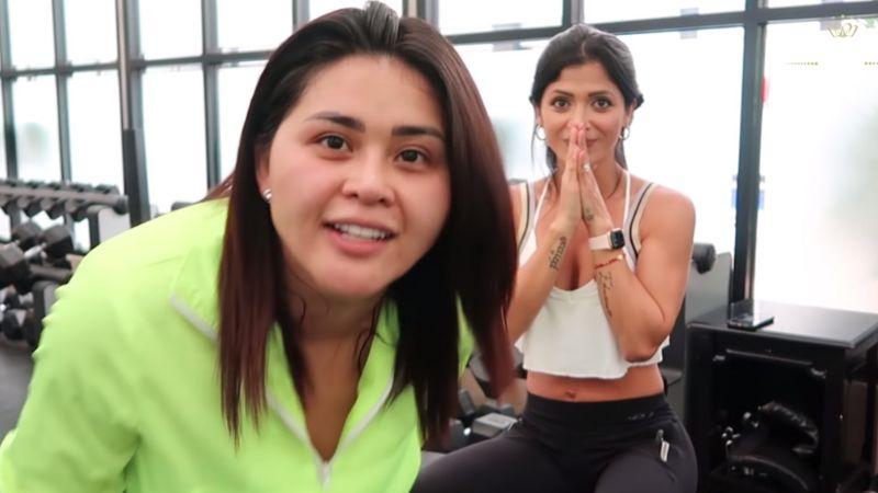 VIDEO: Kimberly Flores pone a sufrir a 'Gomita' en el gimnasio