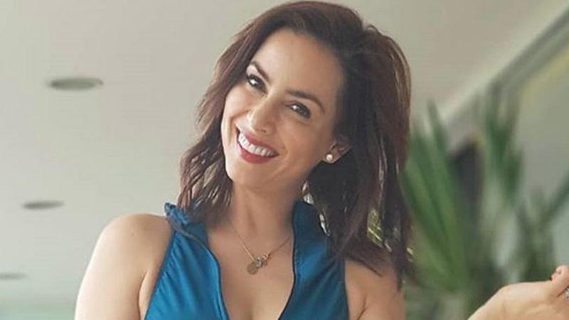 Claudia Lizaldi responde a los que la critican por tema del avión presidencial