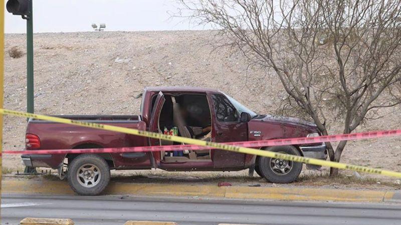 VIDEO: Sicarios graban ejecución de pareja a sangre fría en calle de Juárez