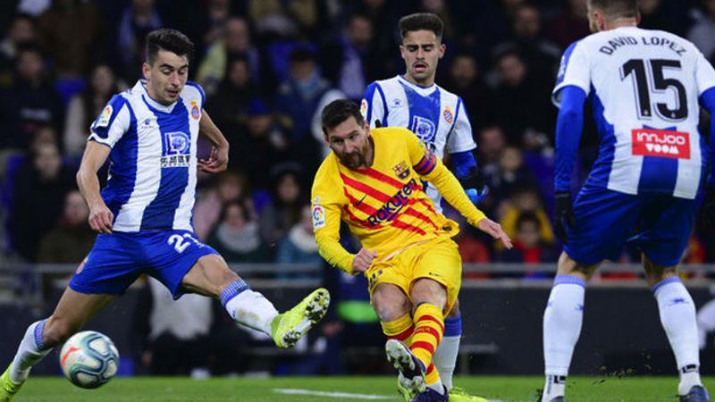 El Barcelona no puede con el derbi; saca forzado empate al Espanyol