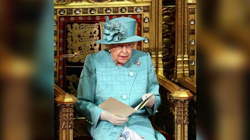 """Reina Isabel II """"devastada"""", envía su apoyo a Australia por incendios"""