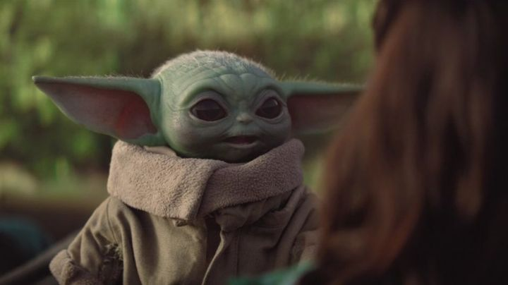 ¡Cubrebocas de 'Baby Yoda y más! Llega a Amazon México la tienda oficial de 'The Mandalorian'