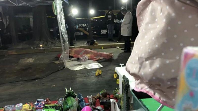 Pánico por balacera en tianguis de Iztapalapa; 2 muertos y 3 heridos