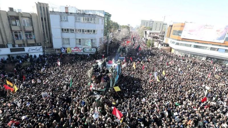 (VIDEO) Irán: Más de 50 muertos por estampida durante funeral de Soleimani