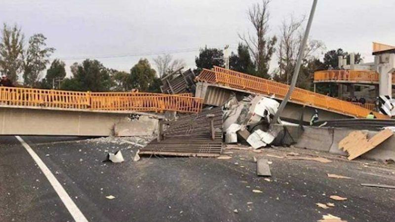 Colapsa puente peatonal en Guanajuato; hay cuatro personas lesionadas