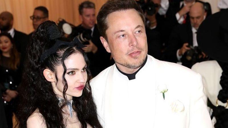 Grimes y Elon musk esperarían un bebé y los memes ya imaginan cómo luciría