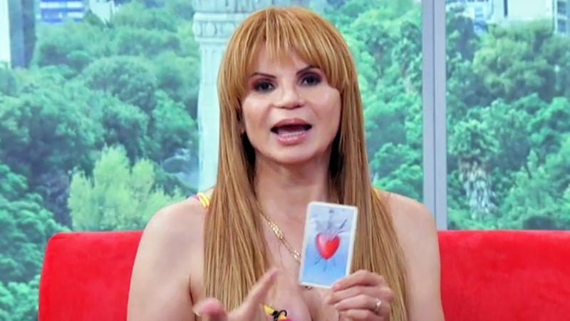 Mhoni Vidente revela que esta cantante y actriz mexicana le es infiel a su marido