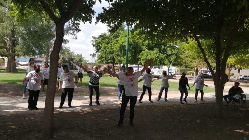 Realizan Picnic Rosa en el Parque Los Pioneros