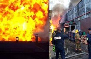 (VIDEO) Impresionante incendio en fábrica de veladoras en Cuautitlán Izcalli
