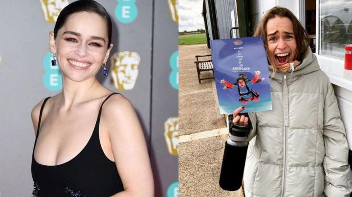Emilia Clarke vive sus 34 años con profundo terror por lanzarse de un avión
