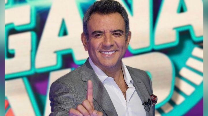 Tras despido de Telemundo y sin trabajo en Televisa, Héctor Sandarti muestra cómo es su vida lejos de México