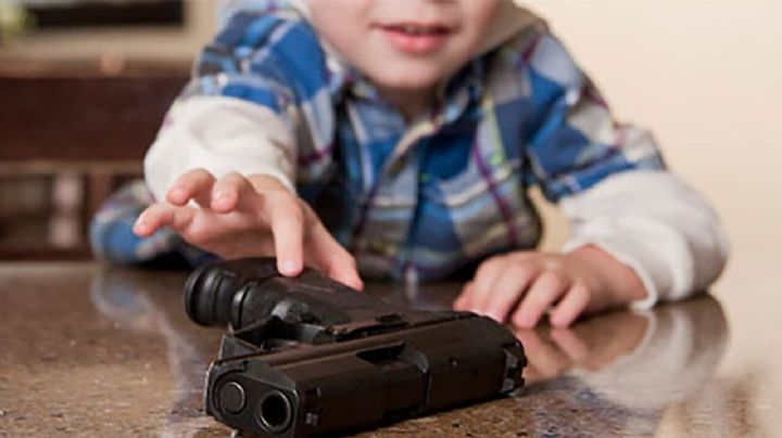 Menor muere al dispararse accidentalmente con una pistola el día de su cumpleaños en Estados Unidos
