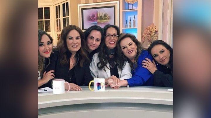 Tras despido de Televisa y doloroso divorcio, conductora anuncia que deja México por esto