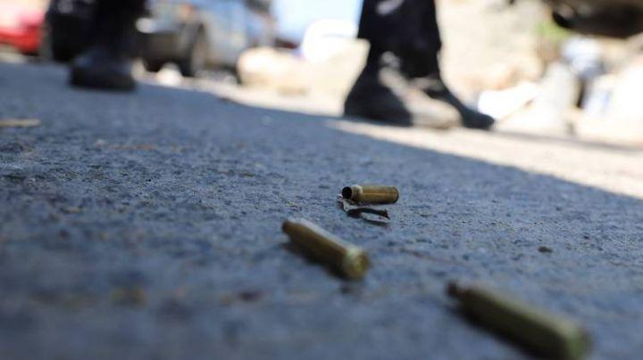 CDMX: Enfrentamiento a balazos deja a un policía herido y un delincuente fallecido