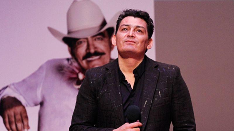 José Manuel Figueroa asegura sentirse solo tras la muerte de su padre, Joan Sebastian
