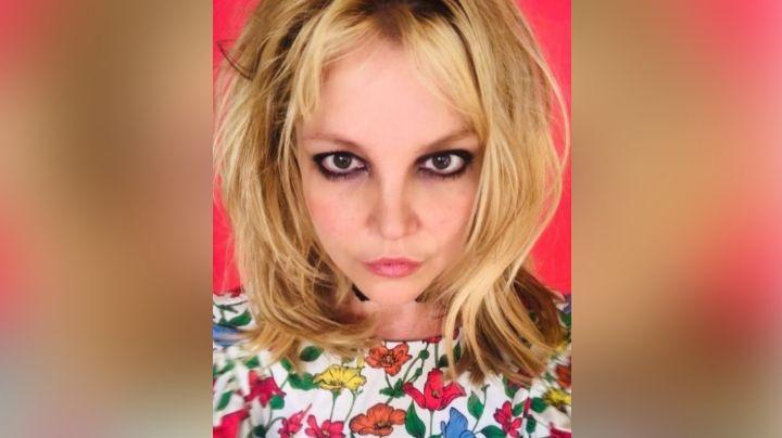 """Britney Spears aparece con un nuevo 'look' y sus fanáticos se preocupan: """"Necesita ser salvada"""""""