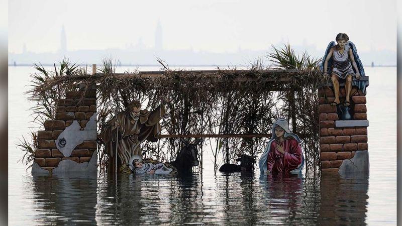 Venecia y su originalidad: Nacimiento flotante para celebrar una Navidad 'acuática'