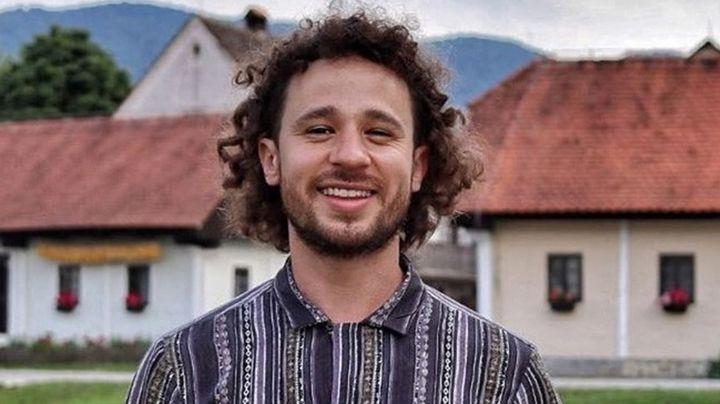 """""""Dormiré con los muertitos"""": Luisito Comunica queda atrapado dentro de un cementerio"""
