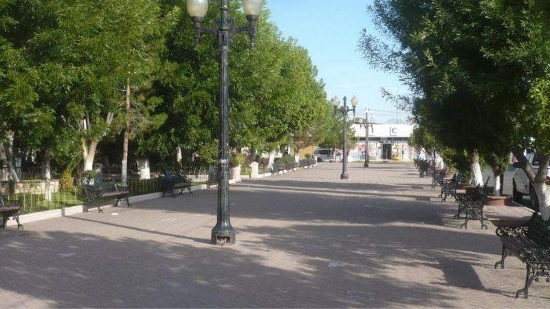 Obras de remodelación de la Plaza Juárez en Navojoa están retrasadas
