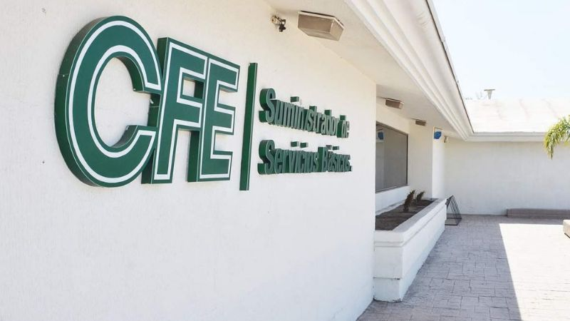 Tres hombres se hacen pasar por empleados CFE para robarle a una mujer