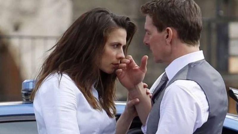 Tom Cruise se 'enamora' en el set de 'Misión Imposible' a pesar de toda la polémica